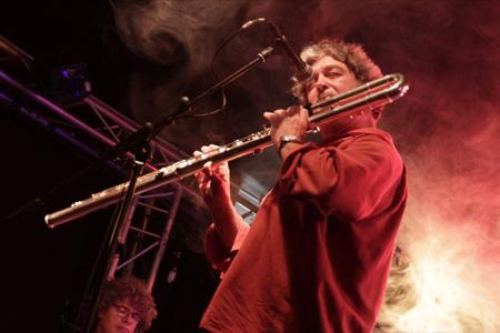 JM Petri à la flûte basse (photo Fabienne Illias)